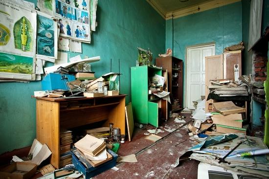 Abandoned school, Teriberka, Kola Peninsula, Russia view 13