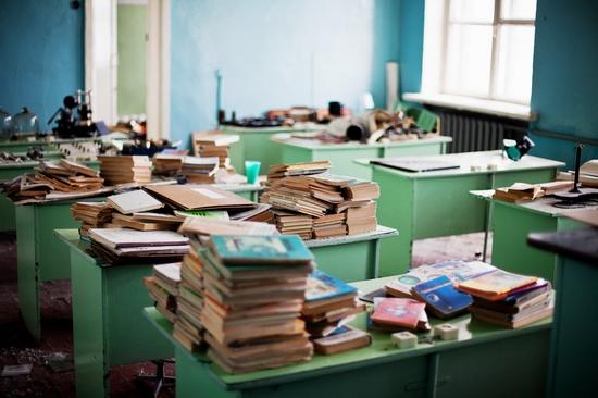 Abandoned school, Teriberka, Kola Peninsula, Russia view 18