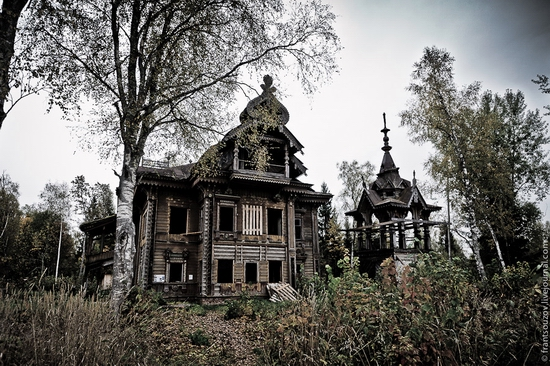 Abandoned wooden house from a fairy tale somewhere in Russia