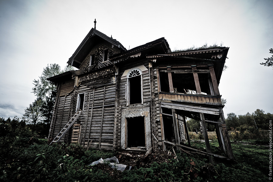Abandoned Wooden House From The Fairy Tale Russia Travel Blog