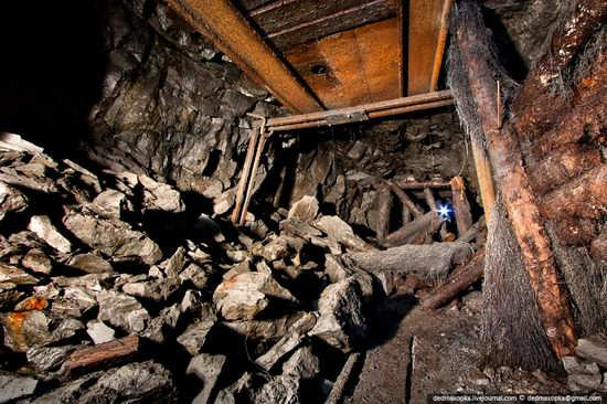Abandoned mine suspended for years somewhere in Russia view 9