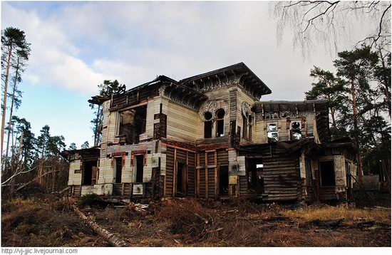 The remains of beautiful Sorokin's dacha, Yaroslavl oblast, Russia view 6