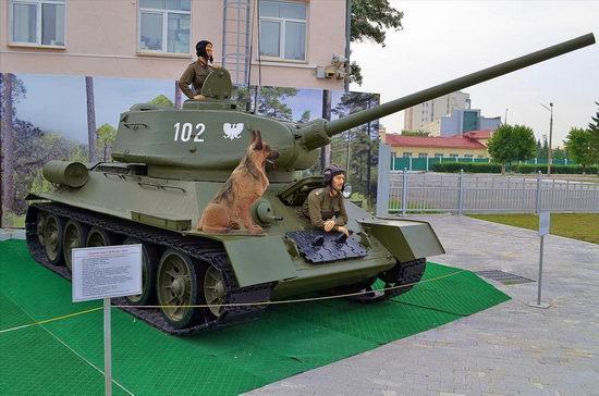 Military vehicles museum, Verkhnaya Pyshma, Russia photo 10