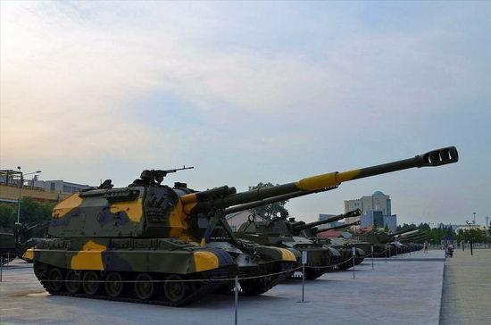 Military vehicles museum, Verkhnaya Pyshma, Russia photo 2