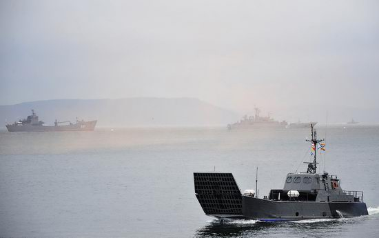Navy Day celebrations, Vladivostok, Russia photo 24