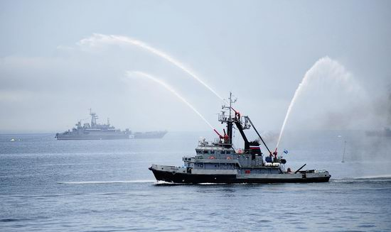 Navy Day celebrations, Vladivostok, Russia photo 25