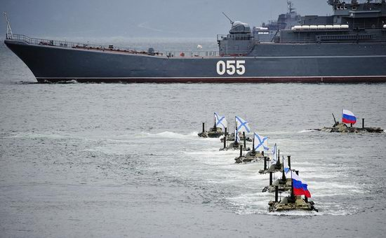 Navy Day celebrations, Vladivostok, Russia photo 30