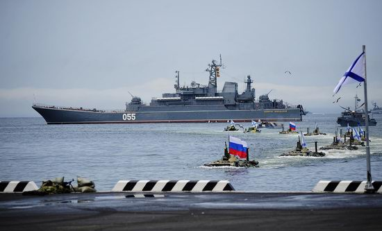 Navy Day celebrations, Vladivostok, Russia photo 31