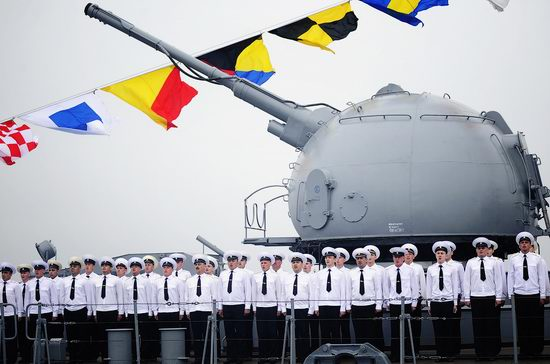 Navy Day celebrations, Vladivostok, Russia photo 8