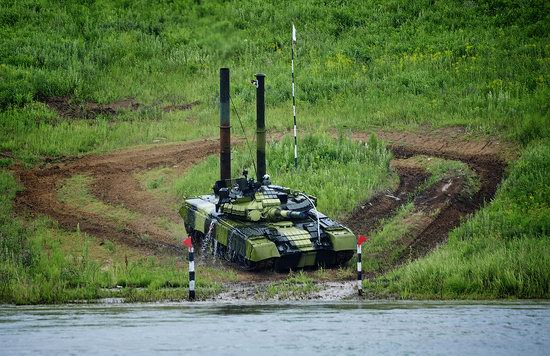 Military exercises, surmounting water obstacles, Russia photo 28