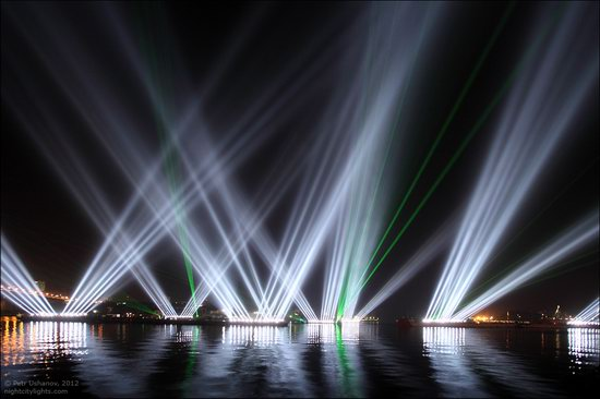 Light show in honor of the APEC Summit in Vladivostok, Russia photo 5