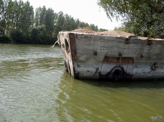 Abandoned concrete ship, Astrakhan region, Russia photo 3
