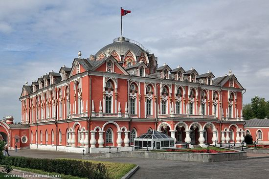 The Petrovsky palace, Moscow, Russia photo 1