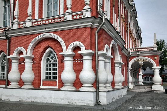 The Petrovsky palace, Moscow, Russia photo 7
