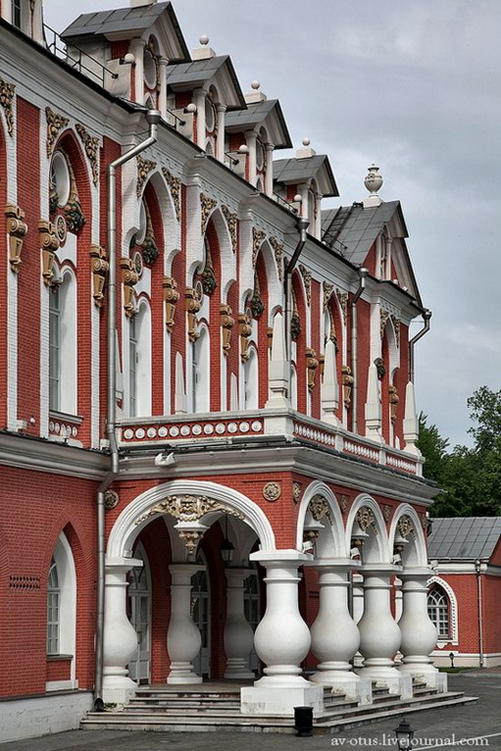 The Petrovsky palace, Moscow, Russia photo 8