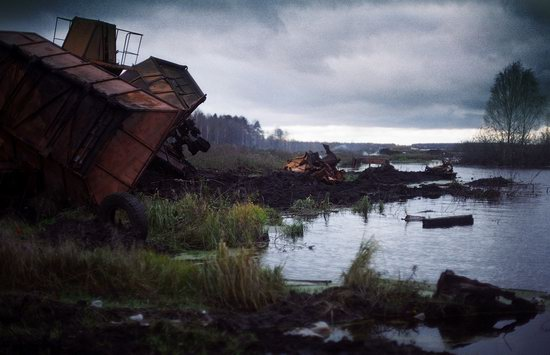 Abandoned peat extraction site near Moscow, Russia photo 11