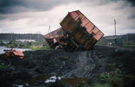 Abandoned peat extraction site near Moscow, Russia photo 6