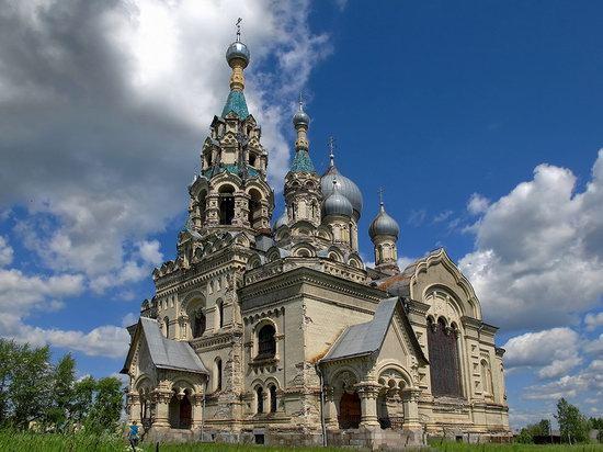 Savior Cathedral, Kukoboy village, Yaroslavl region, Russia photo 3