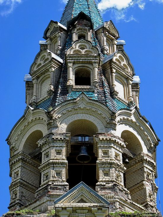 Savior Cathedral, Kukoboy village, Yaroslavl region, Russia photo 7