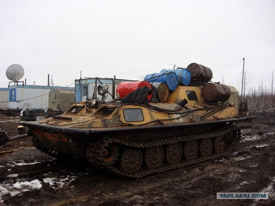 The life of a typical seismic prospecting crew in Russia photo 11