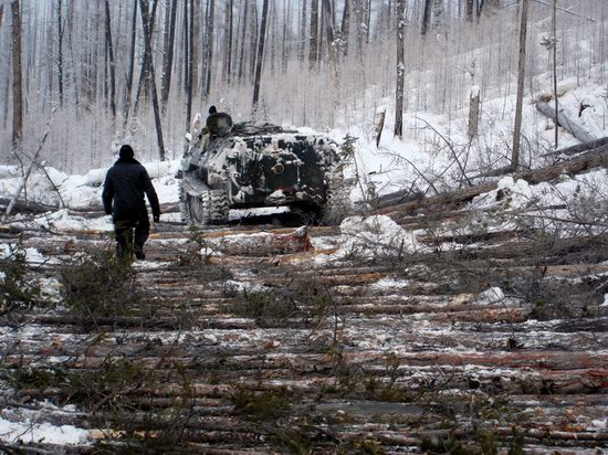 The life of a typical seismic prospecting crew in Russia photo 16