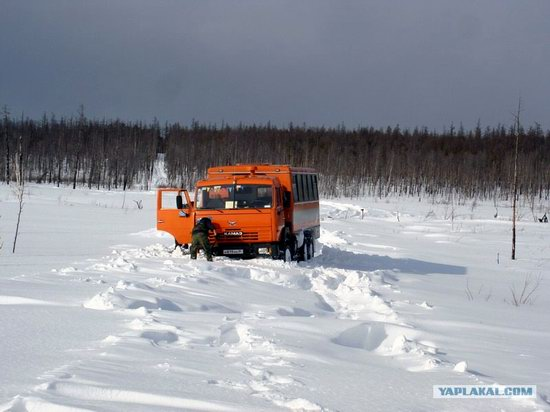 The life of a typical seismic prospecting crew in Russia photo 20