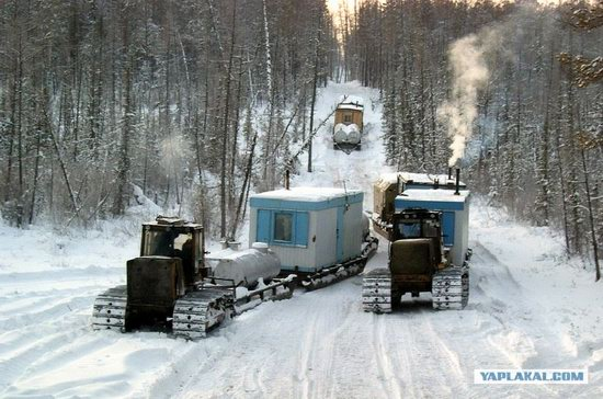 The life of a typical seismic prospecting crew in Russia photo 21