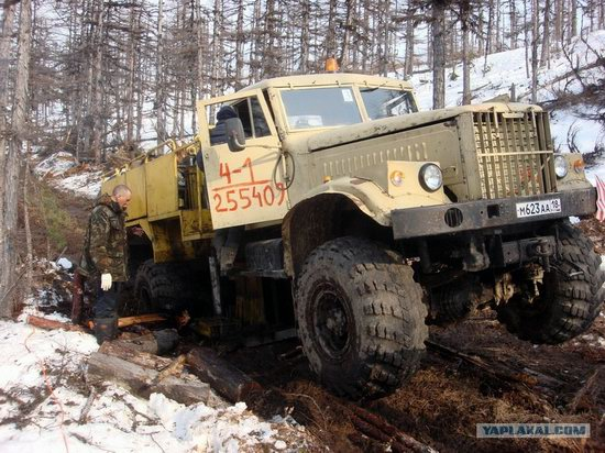 The life of a typical seismic prospecting crew in Russia photo 35