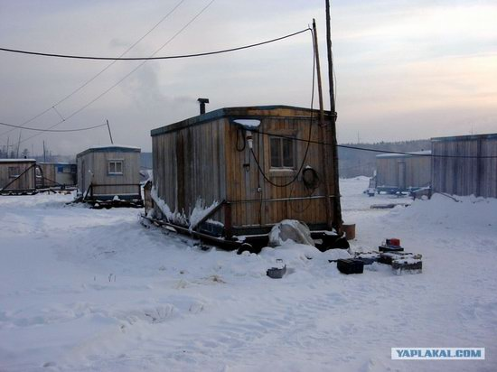The life of a typical seismic prospecting crew in Russia photo 4