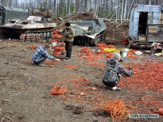 The life of a typical seismic prospecting crew in Russia photo 9