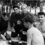 Unique photos of the first Soviet cosmonauts on a picnic