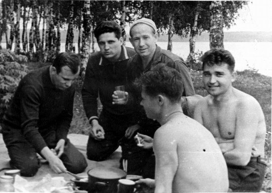 The first Soviet cosmonauts picnic, photo 1