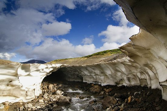 Beautiful snow cave in Kamchatka, Russia photo 2