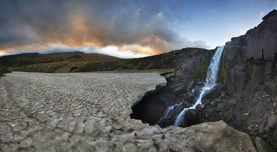 Beautiful snow cave in Kamchatka, Russia photo 20