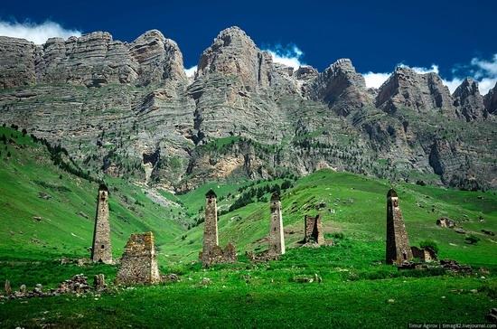 The beautiful scenery of the mountain Ingushetia, Russia photo 1