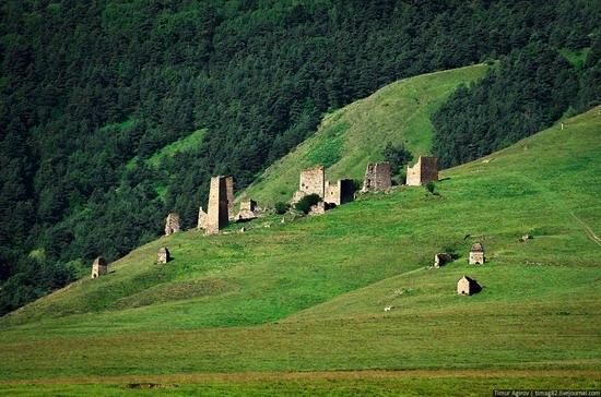 The beautiful scenery of the mountain Ingushetia, Russia photo 4
