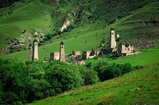 The beautiful scenery of the mountain Ingushetia, Russia photo 5