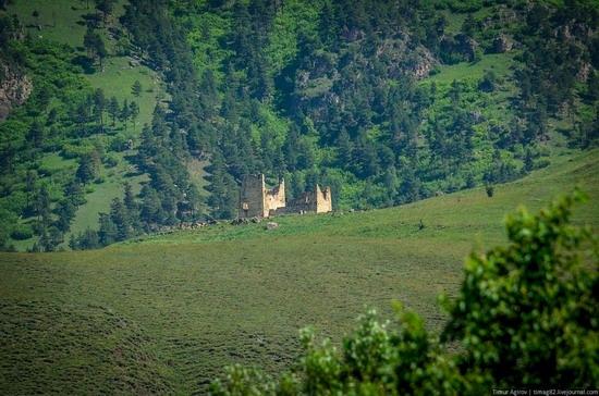 The beautiful scenery of the mountain Ingushetia, Russia photo 8