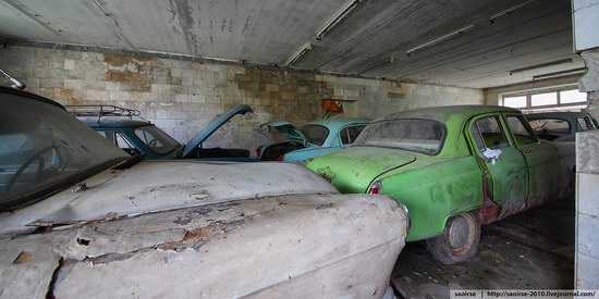 Abandoned Summer Camp with Retro Cars, Moscow region, Russia photo 21