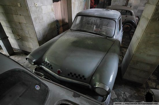 Abandoned Summer Camp with Retro Cars, Moscow region, Russia photo 24