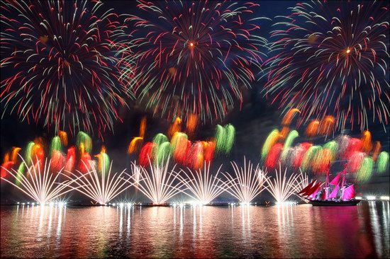 Alye Parusa pyrotechnic show, St. Petersburg, Russia photo 19