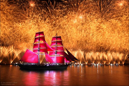 Alye Parusa pyrotechnic show, St. Petersburg, Russia photo 22