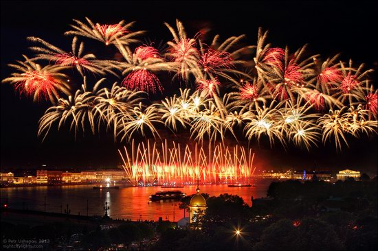 Alye Parusa pyrotechnic show, St. Petersburg, Russia photo 8