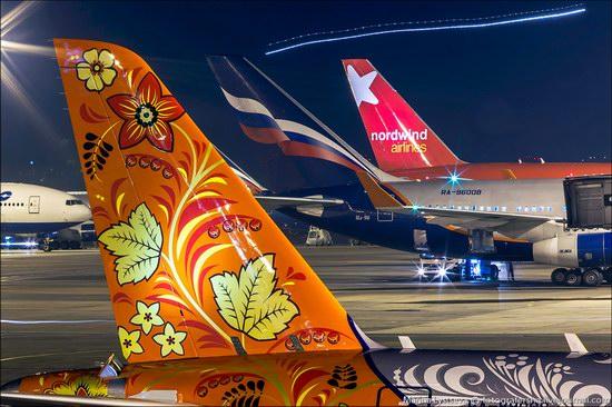 Plane painted in Khokhloma style, Aeroflot, Russia photo 6