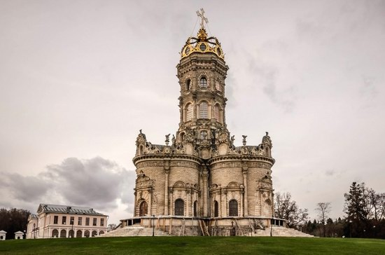 Unique Baroque Church in the Dubrovitsy Estate, Podolsk, Russia photo 6