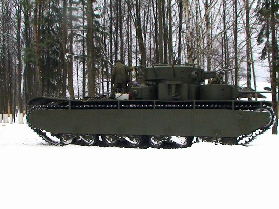 Five-turret Soviet tank, photo 3