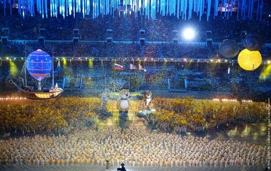 The closing ceremony of the Winter Olympics 2014 in Sochi, Russia, photo 19