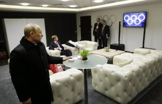 What happens when Putin is not watching the Games, photo 4
