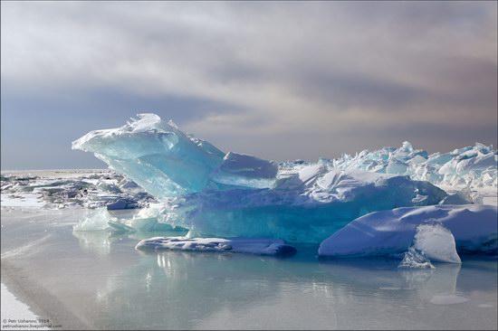 Frozen Baikal Lake, Russia, photo 2