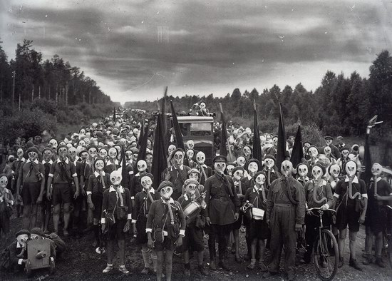 Leningrad pioneers after alarm, 1937, USSR